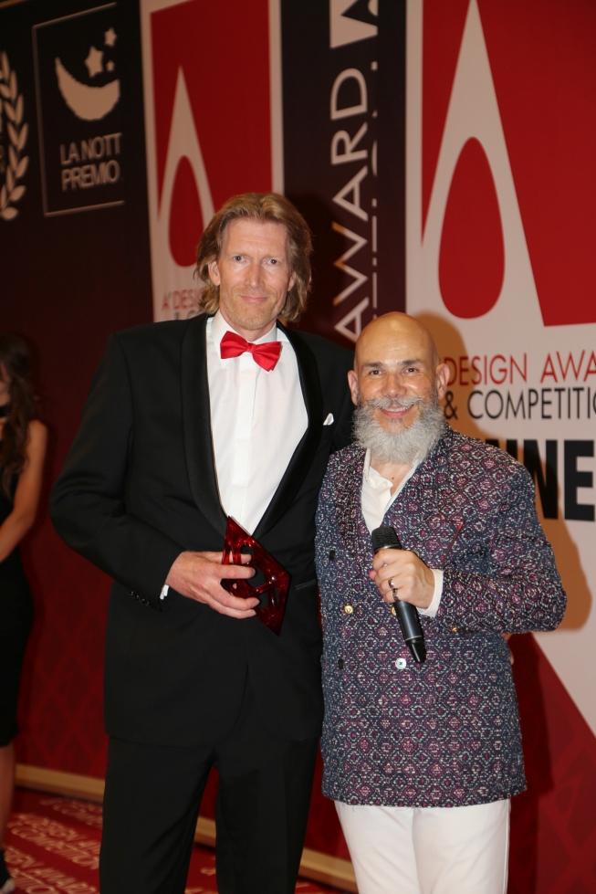 Winnen van Bronze Award brengt droom van Hoofddorper Eric van Limpt dichterbij