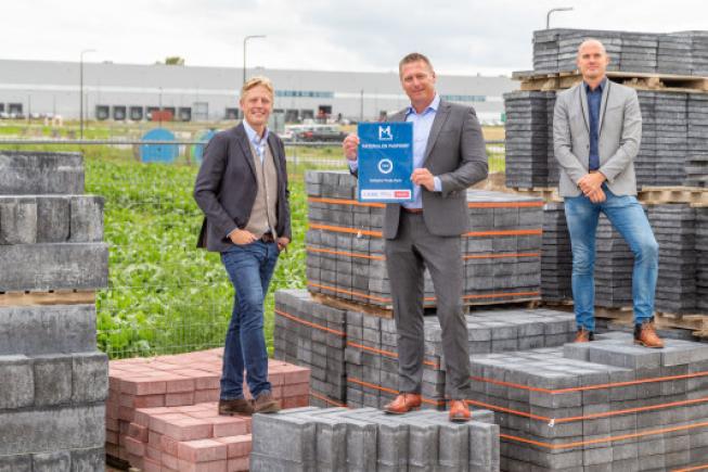 KWS levert Schiphol Trade Park als eerste business park ter wereld op met Madaster Materialenpaspoort